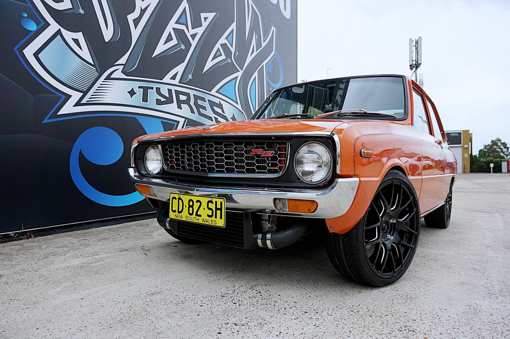 Mazda 1300 pursuit for traction on Hussla HXR030