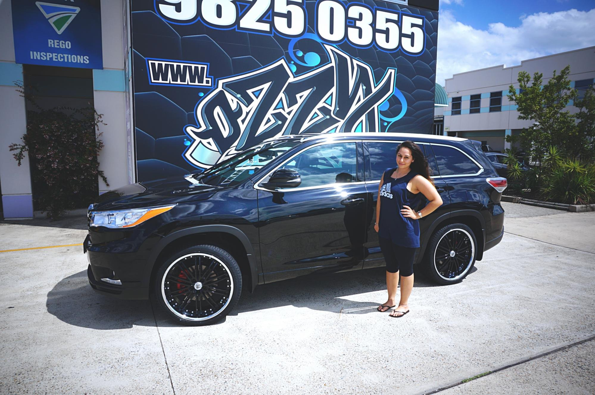 2016 Toyota Kluger gets 22inch Lexani