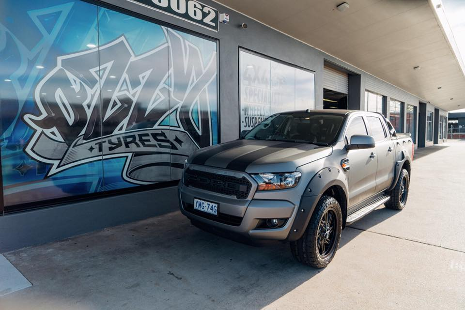 ford-ranger-sitting-at-ozzy-tyres-in-fyshwick