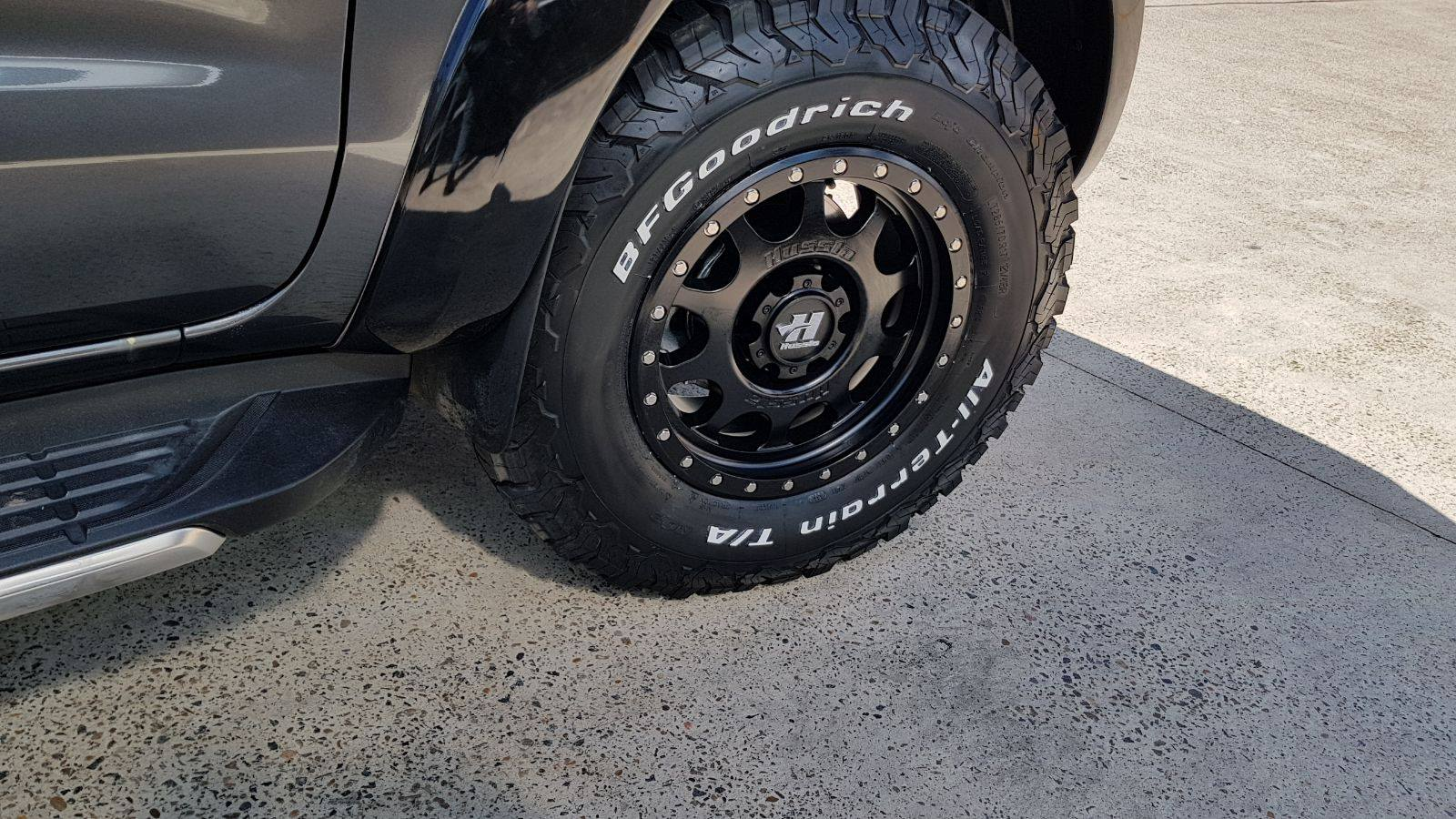 17-hussla-raptor-wheels-wrapped-in-lt285-70r17-all-terrain-tyres-2