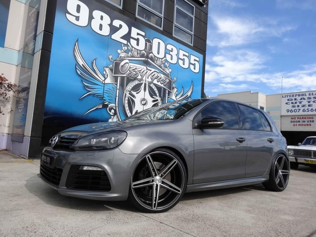 new-grey-volkswagen-golf-gti-with-silver-rims