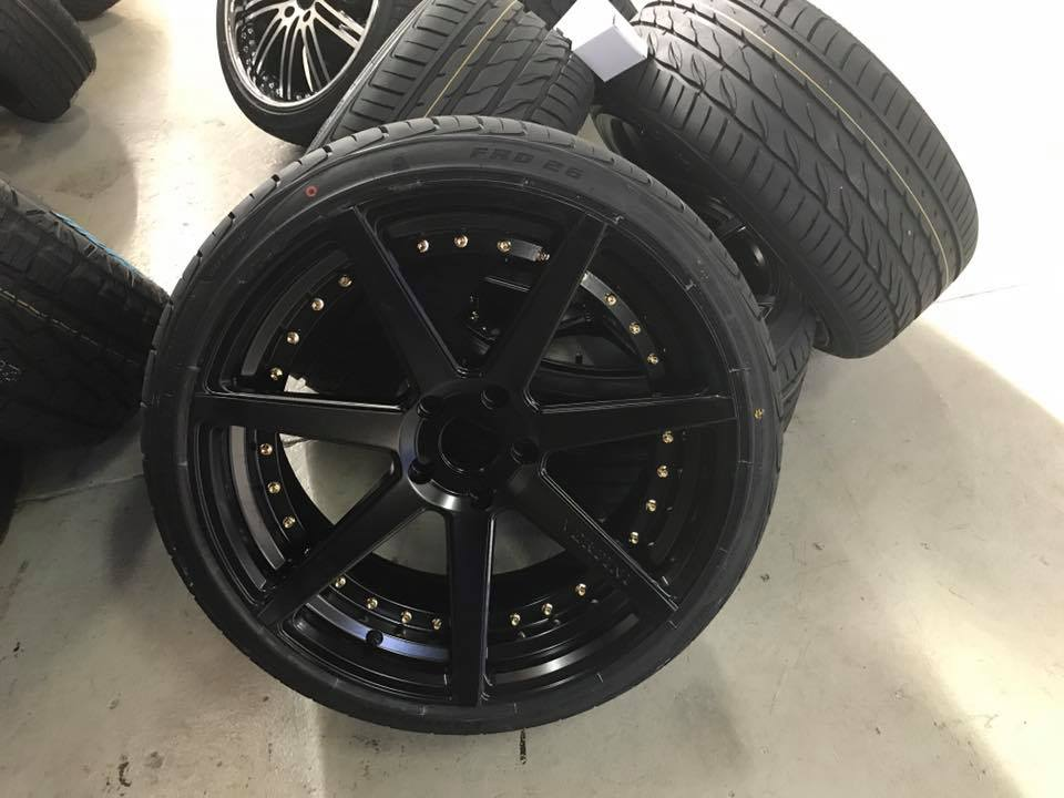black-rims-with-tyres-brisbane