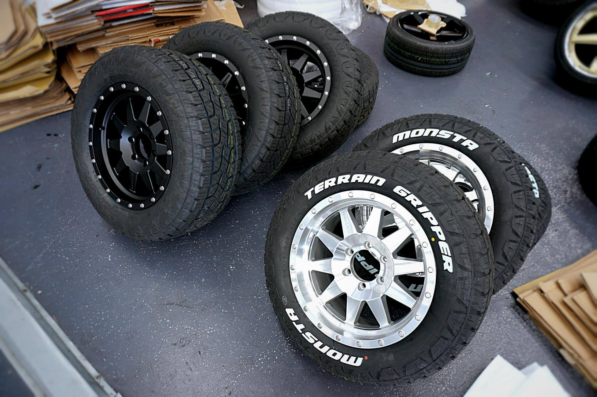 4wd-mag-wheels-from-ozzy-tyres