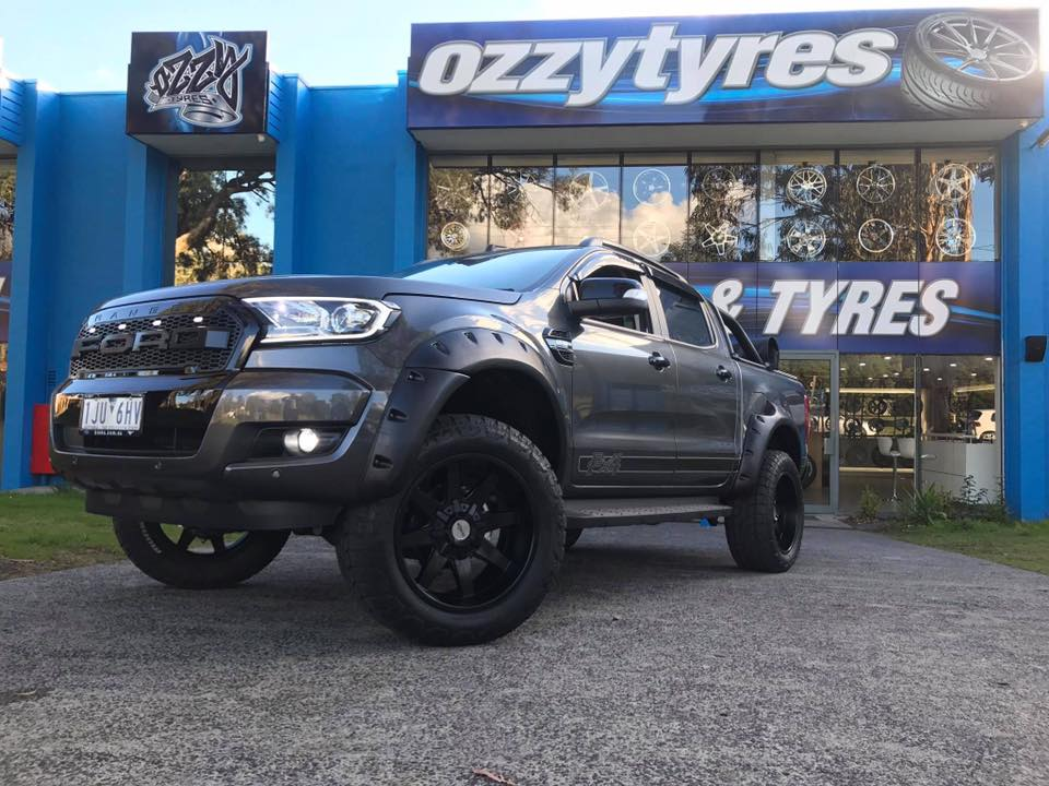 black-ford-ranger-with-4x4-mag-wheels-4wd-tyres