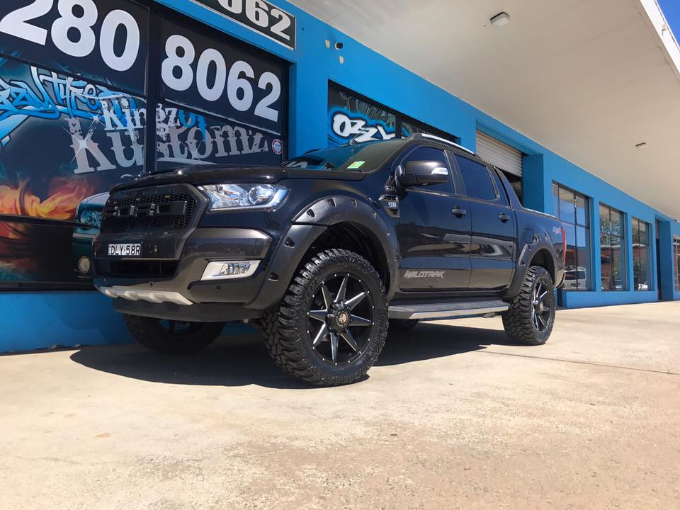 black-ford-ranger-with-hussla-wheels-4x4-tyres