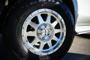 toyota hilux tyres