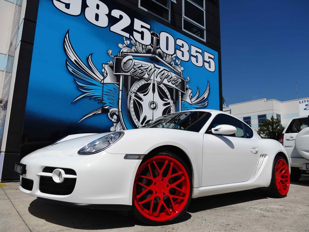 PORSCHE CAYMAN WITH VERTINI MAGIC CUSTOM PAINTED!