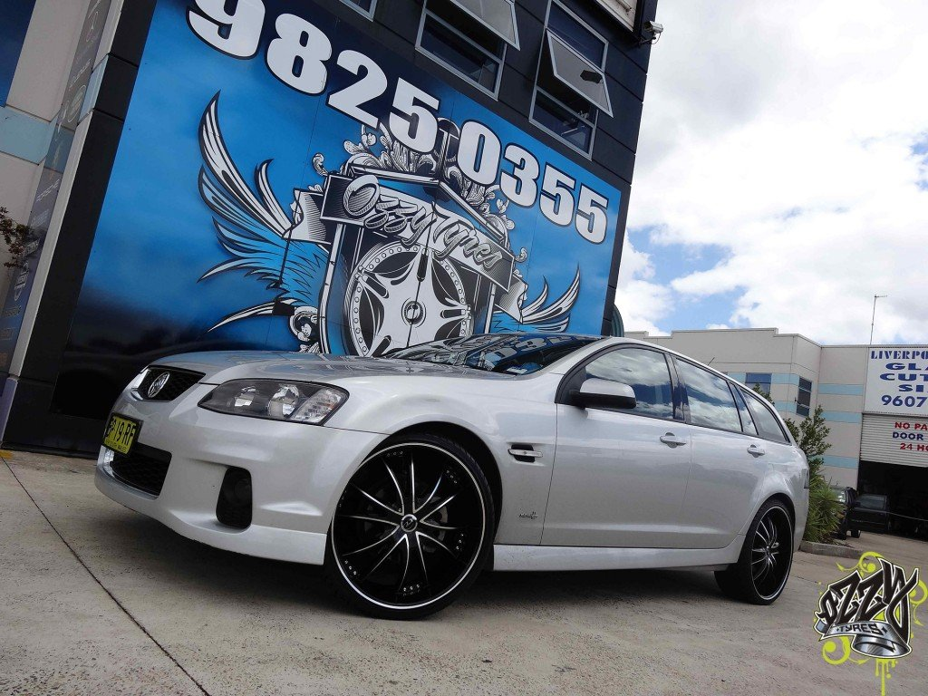HOLDEN WITH VCT BOSSINI WHEELS