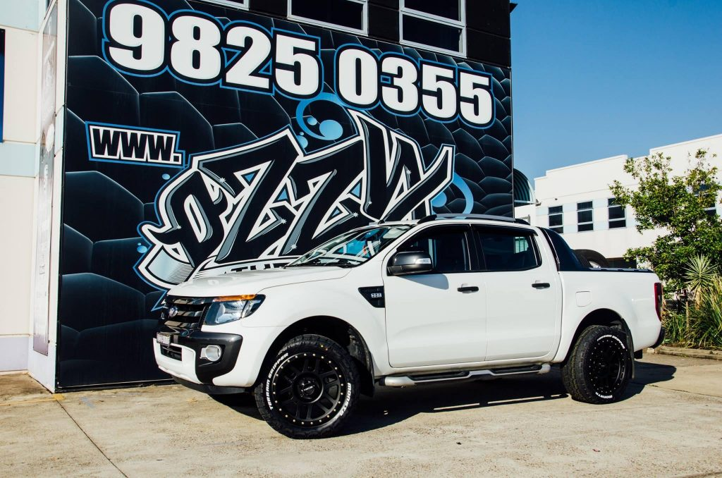 white-ford-ranger-with-black-4x4-rims