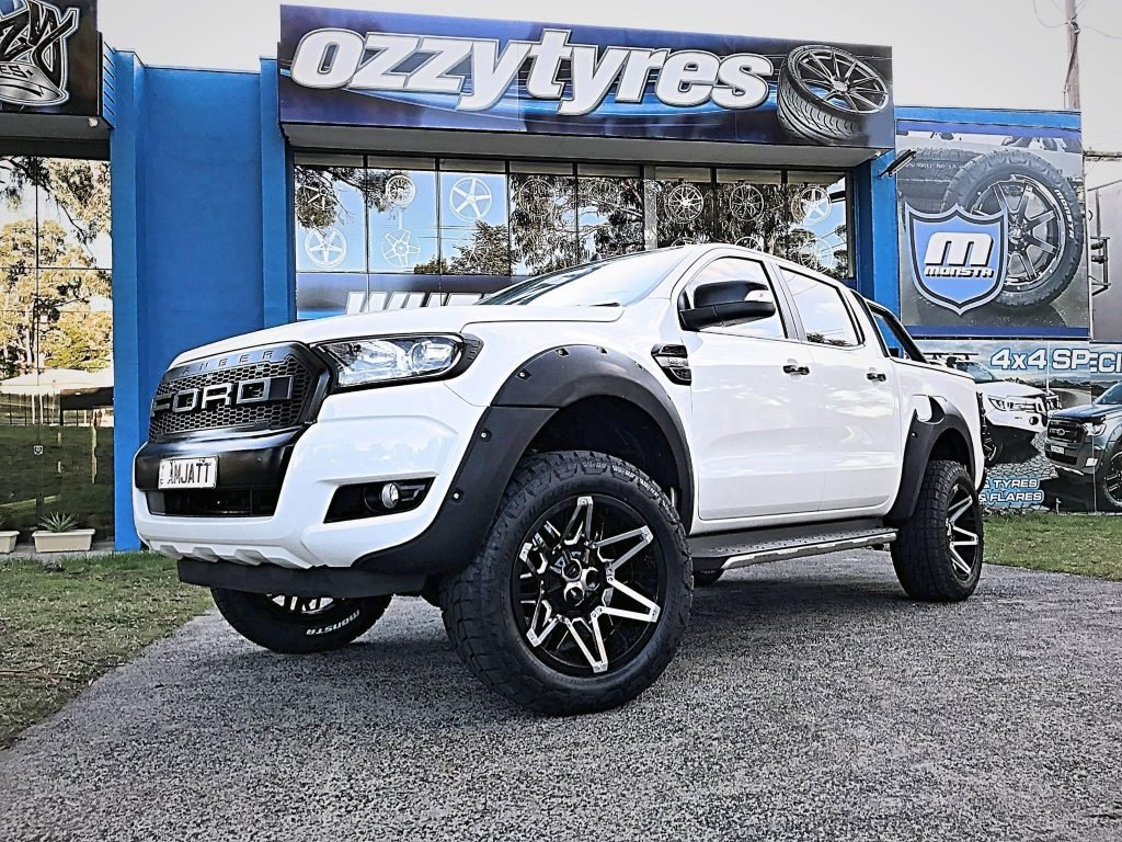 white-ford-ranger-with-new-4x4-mag-wheels
