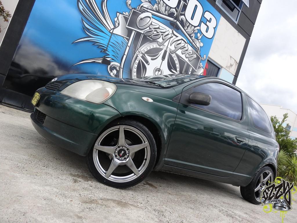 Toyota Echo Tyres