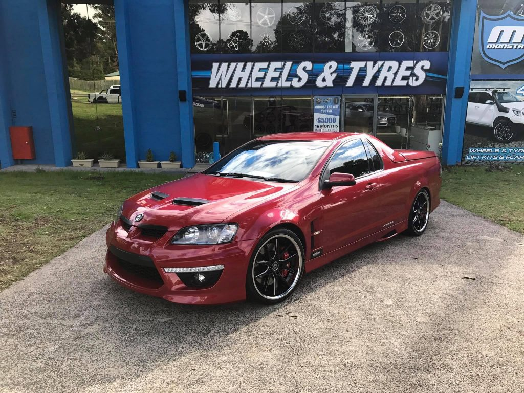 2017-hsv-maloo-ute-fitted-with-black-rims