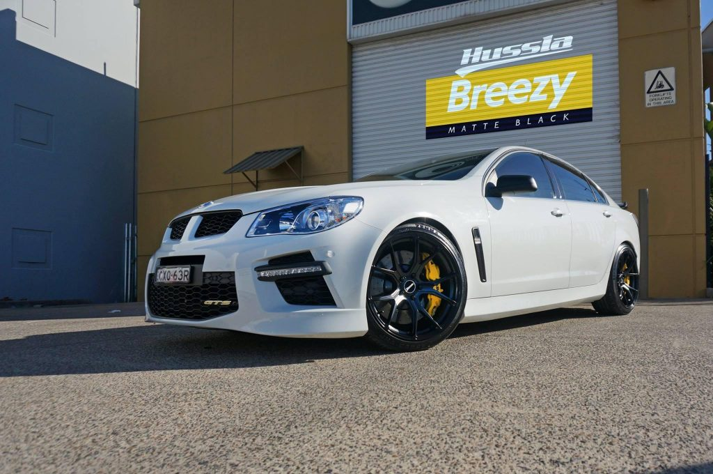 white-holden-hsv-gts-fitted-with-black-rims