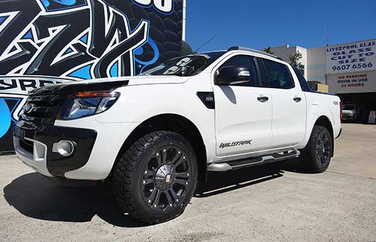 Ford Ranger KMC Monster 4x4 Wheels