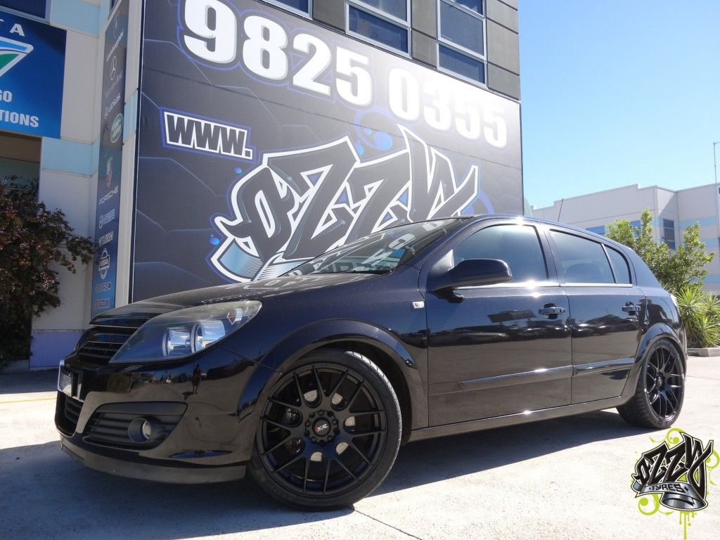 Holden Astra Mag Wheels