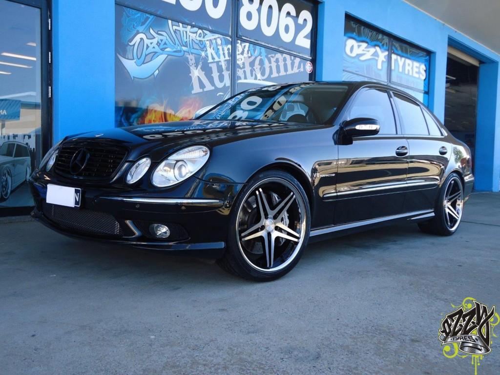 Mercedes Benz C200 Mag Wheels