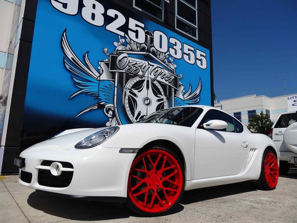 Porsche with Vertini Magic in custom Blazin Red