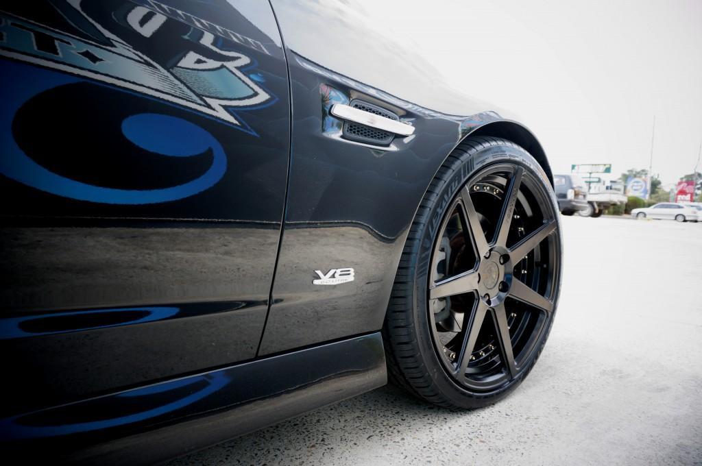 black mag wheels
