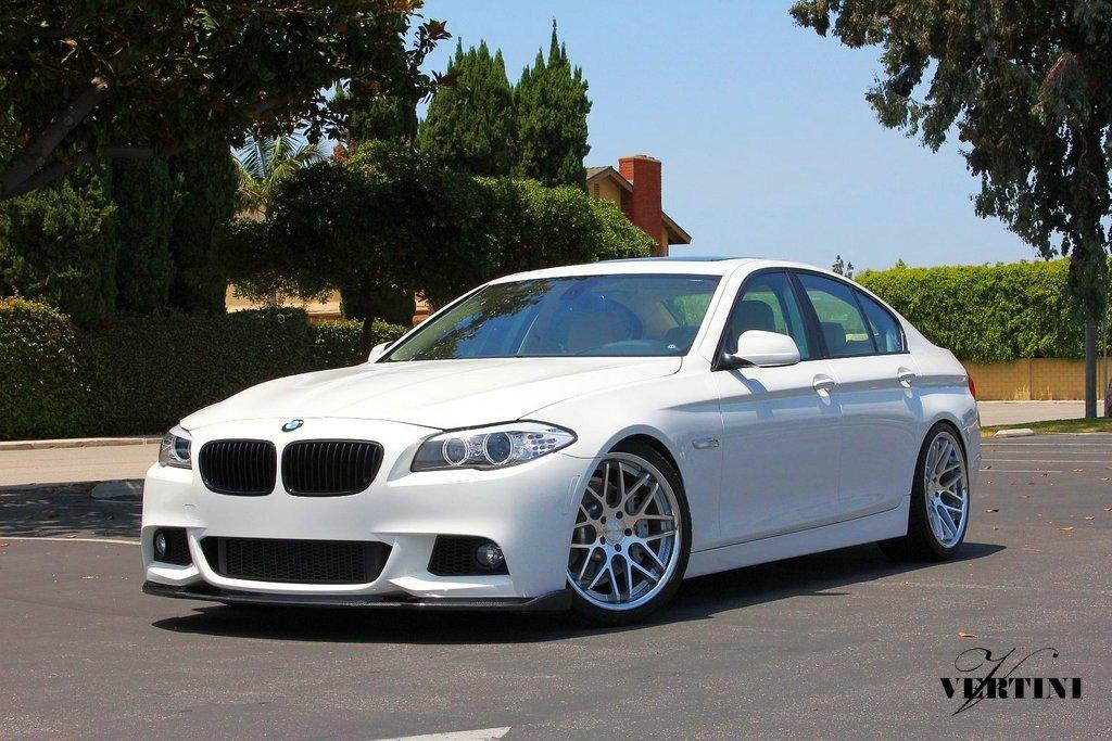 BMW with Vertini Magic in Silver