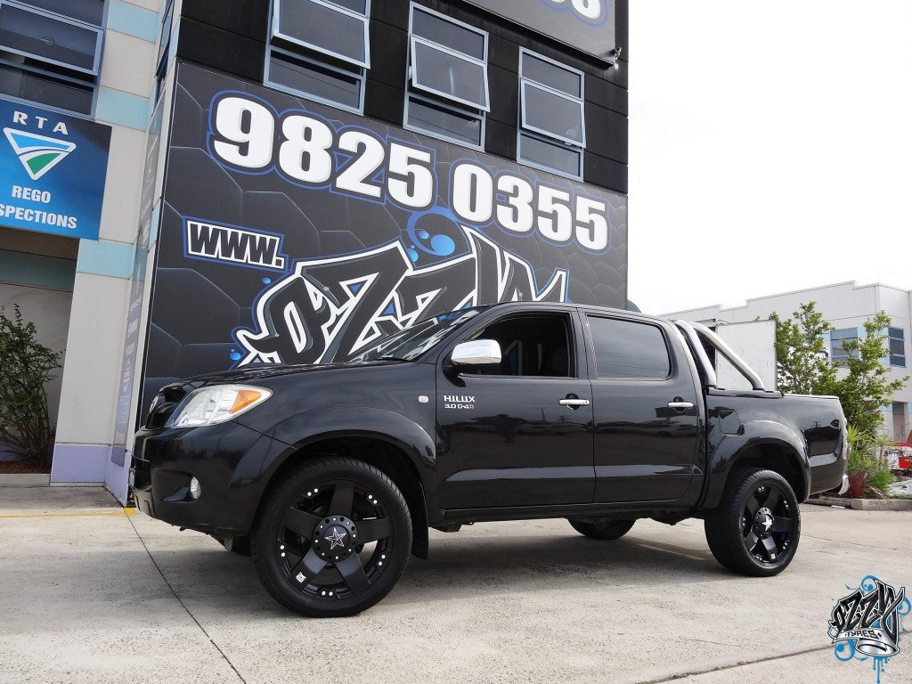 Black 4WD Hilux Rims