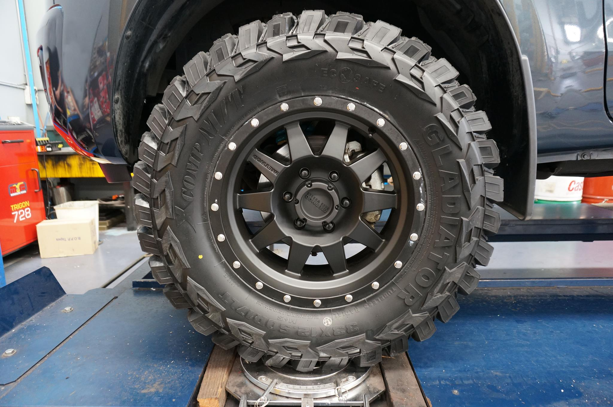 Durable Ford Ranger Wheels and Off-Road Tyres