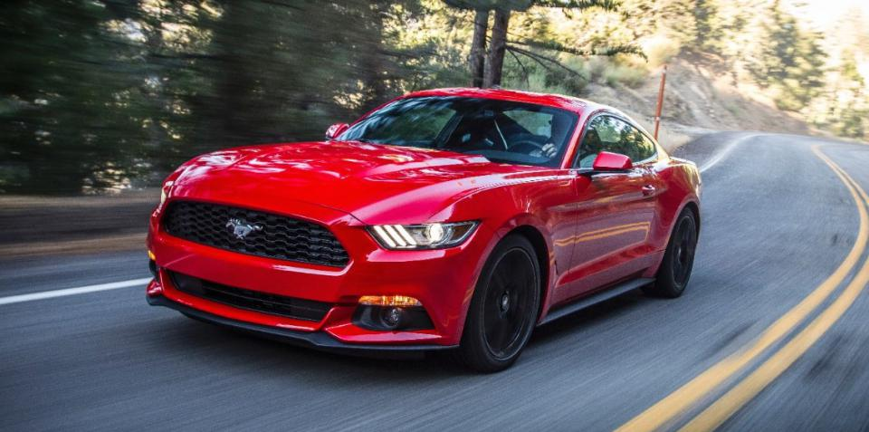2015 Mustang Red