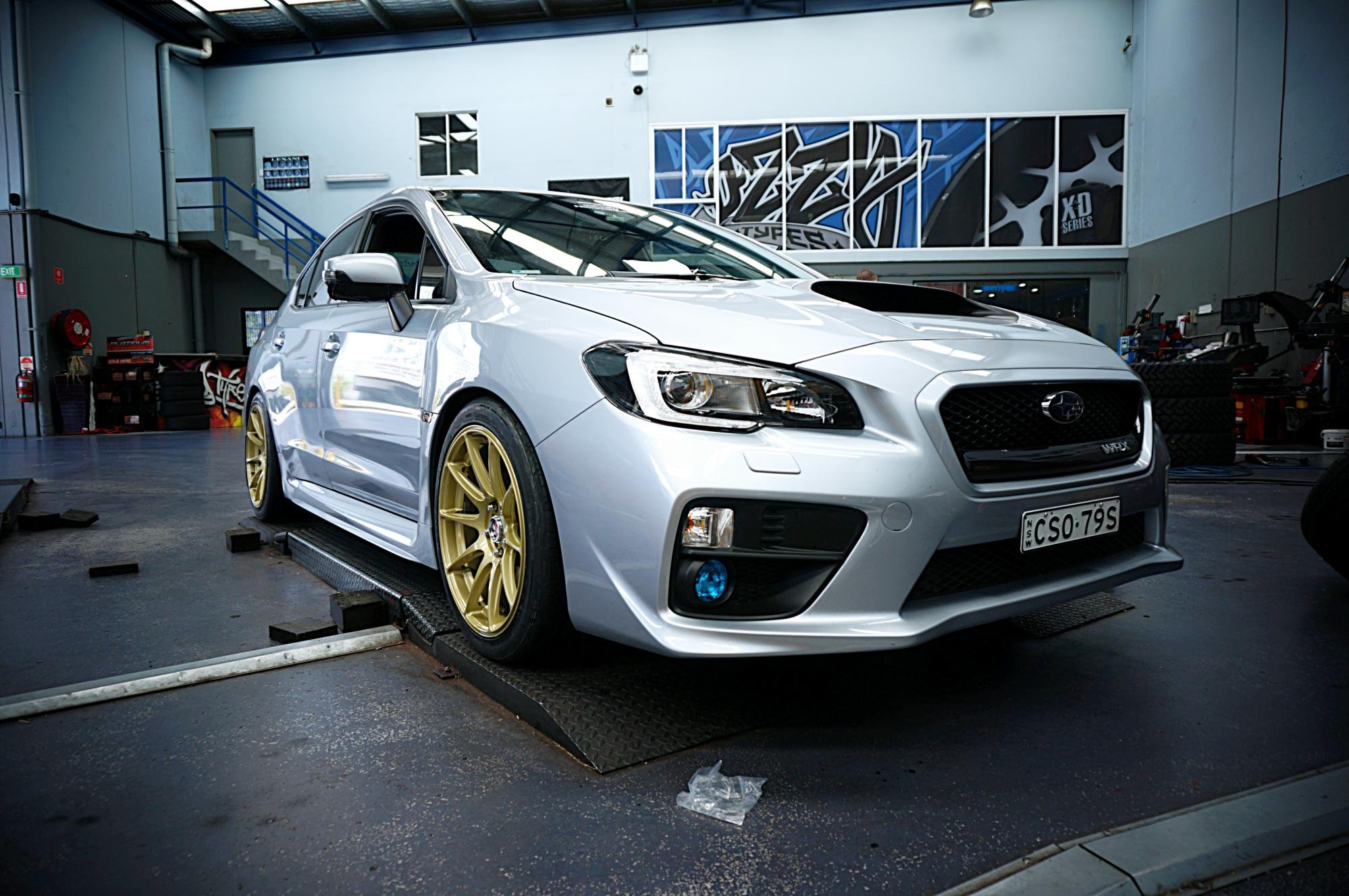 2015 Subaru WRX gets HXR527 and Nitto INVO