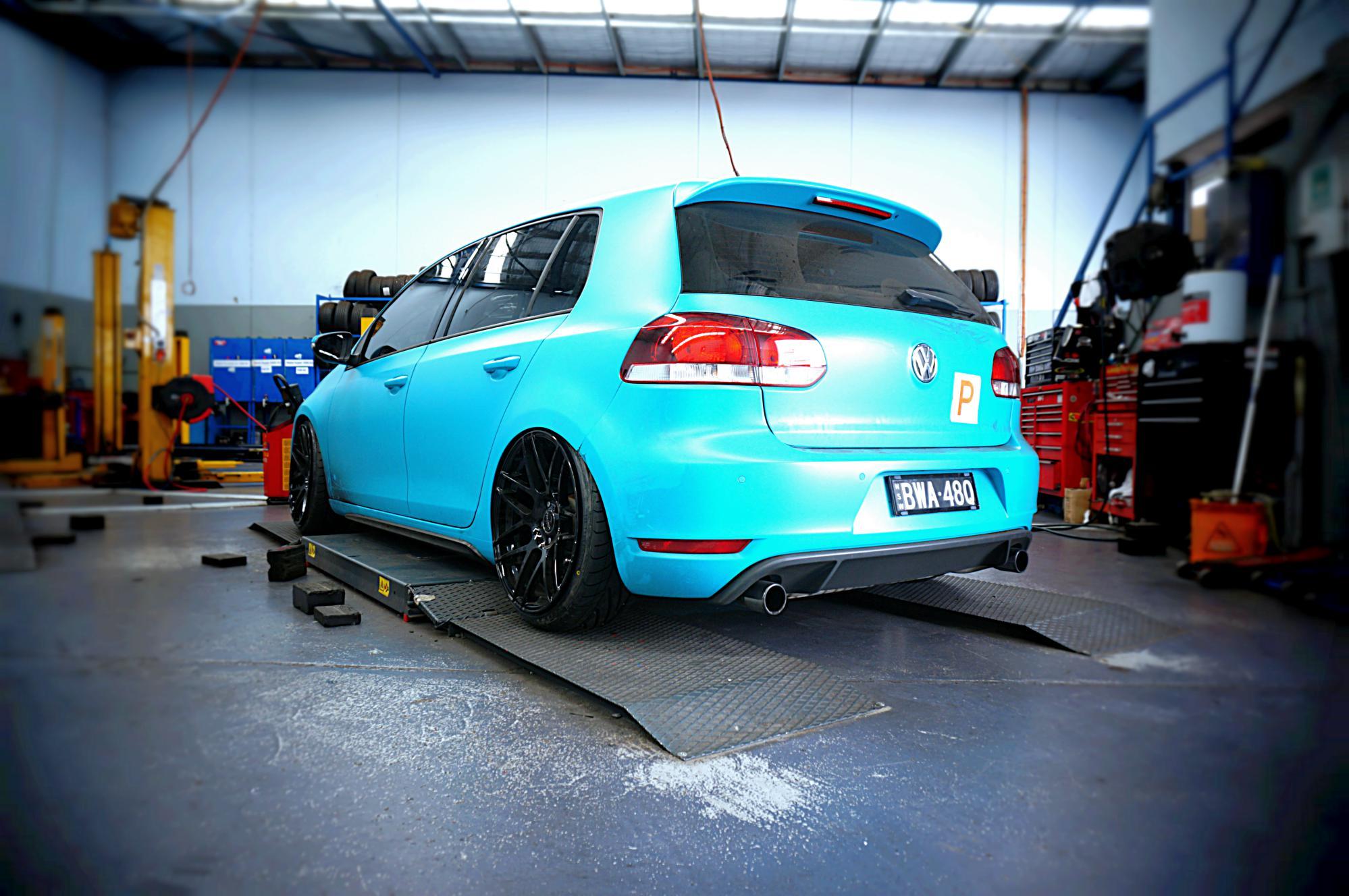 Volkswagen Golf Mk6 GTI, millimetre perfect stance