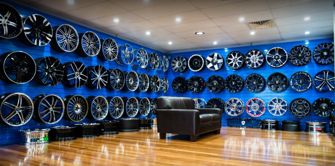 the-inside-of-ozzy-tyres-hoxton-park
